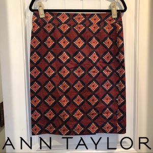 Ann Taylor Medallion Pencil Skirt Sz 6